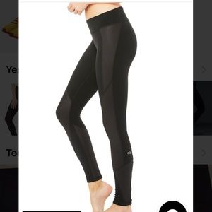 Alo Yoga Black Ankle Zipper Undertone Legging